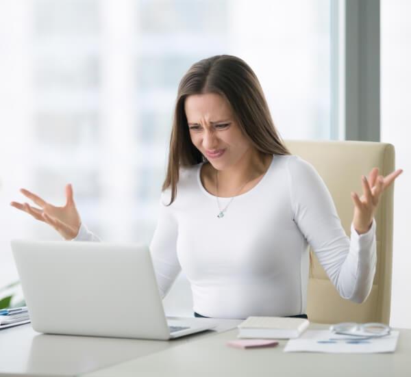 Angry at Computer / istock - fizkes