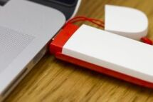 How to use a mobile broadband dongle with Android, iPad and Windows tablets